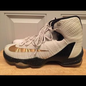 LeBron 13 Gold Elite